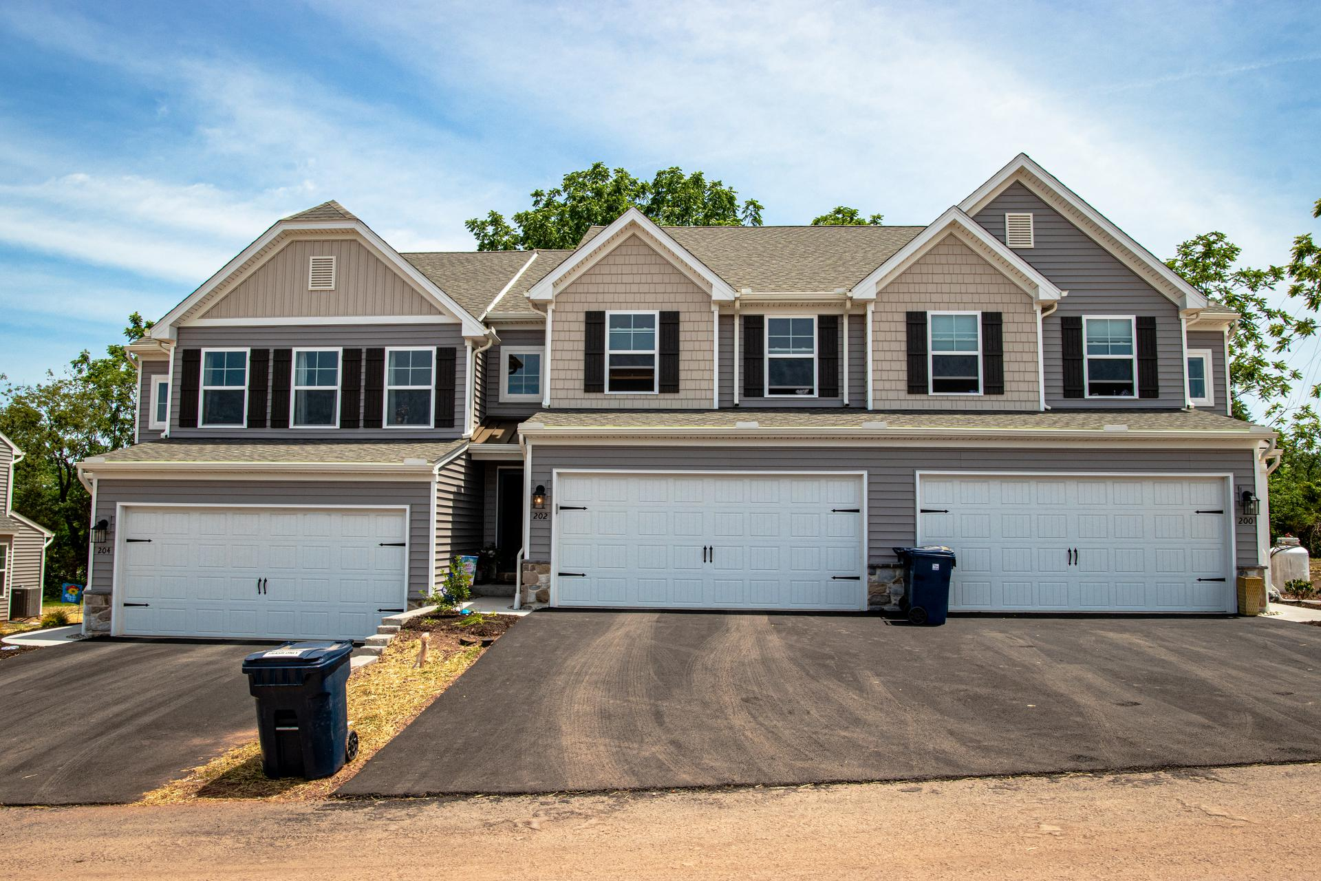 Rolling Meadows Towns New Homes in Pottstown, PA